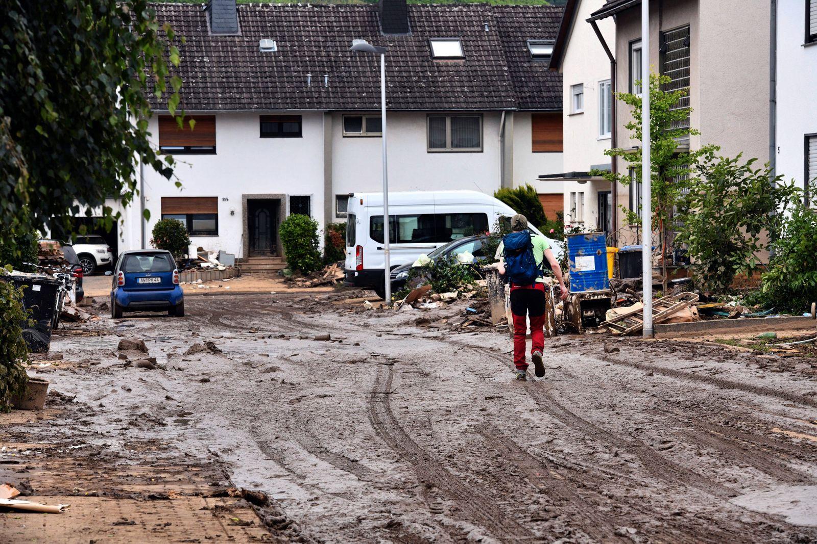 Deutschland, WBad Neuenahr, 19.07.2021 Neben der großen Zahl an Toten und Verletzten im gesamten Kreis Ahrweiler zeigt
