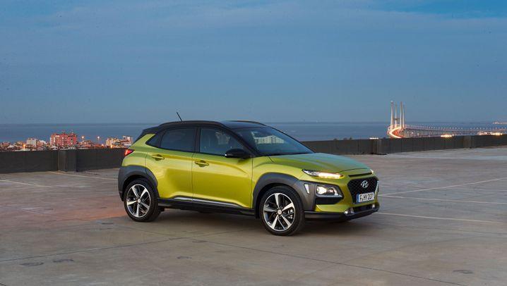 Autogramm Hyundai Kona: Schrumpf-SUV im Farbenrausch