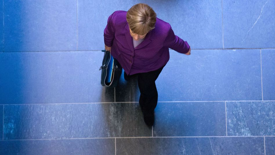 Kanzlerin Merkel: Regierungserklärung zu Osteuropa