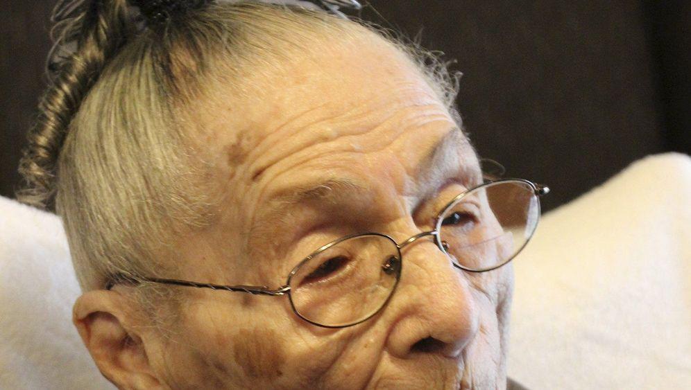 """Älteste Person der Welt: """"Essen Sie nicht in Fast-Food-Restaurants!"""""""