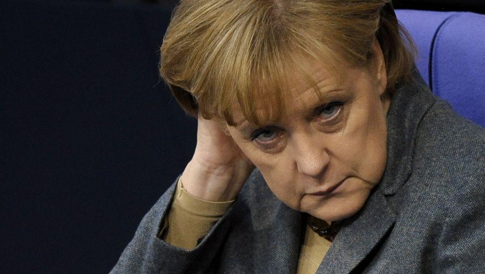 Kanzlerin Merkel: Der Schutzburg beraubt