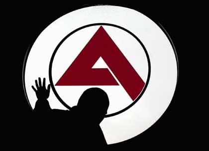 Arbeitsamt-Logo: SPD-General warnt vor Schauermärchen über die Reform Hartz IV