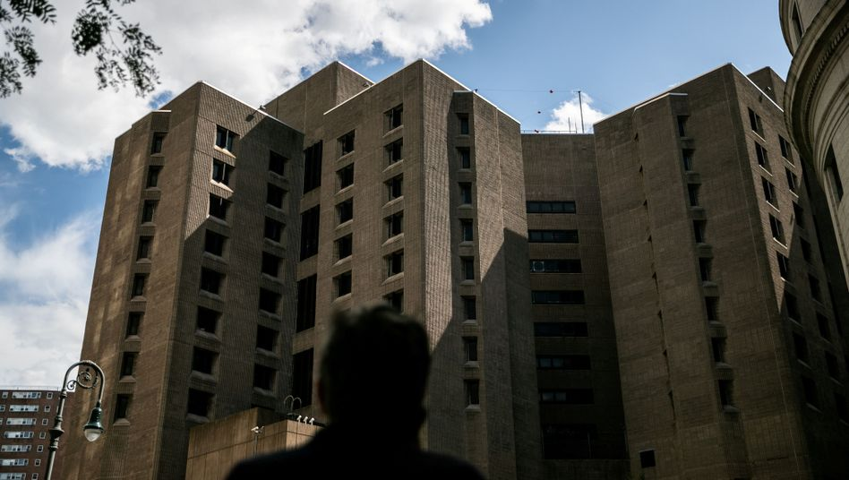 Jeffrey Epstein war im Metropolitan Correctional Center Jail tot aufgefunden worden