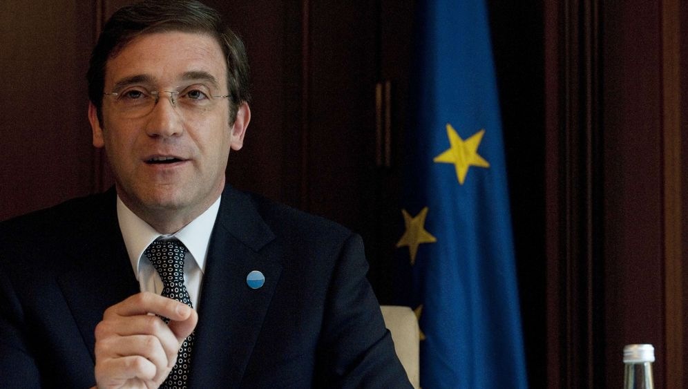 Photo Gallery: Portugal Strains to Escape Debt Trap