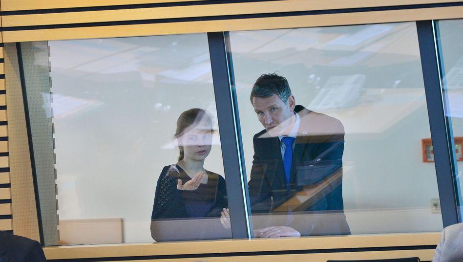 AfD-Abgeordnete Björn Höcke und Wiebke Muhsal im Erfurter Landtag