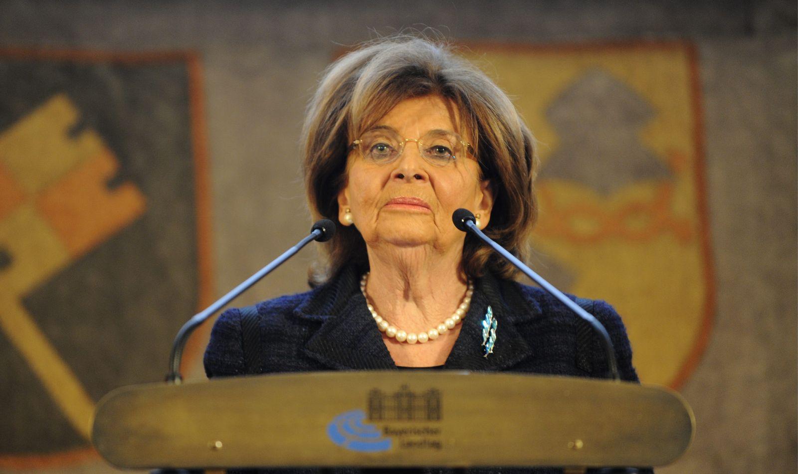 NICHT VERWENDEN Charlotte Knobloch (2010)
