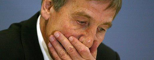 Streitobjekt Clement (2005 als Minister): Der Fall spaltet die SPD