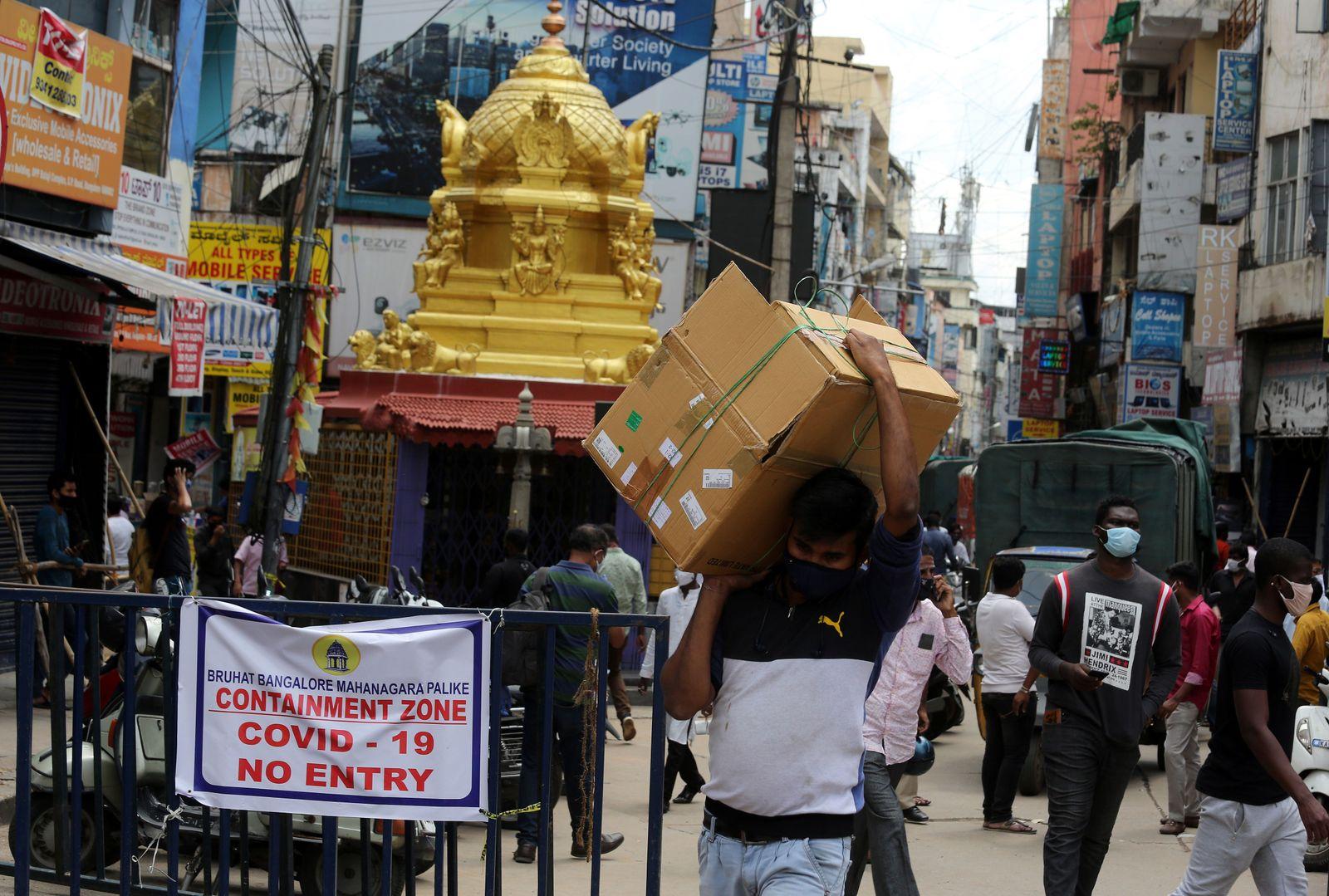 Extended lockdown in Bangalore due to Coronavirus, India - 28 Jul 2020