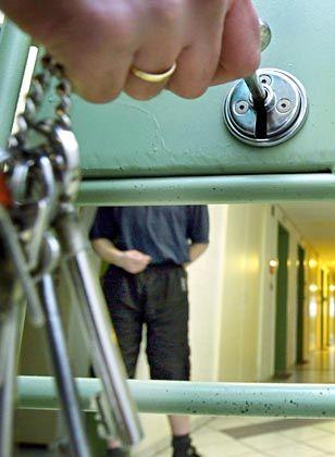 Gefängnistrakt in der JVA Bayreuth: Eine Frage des Geldes