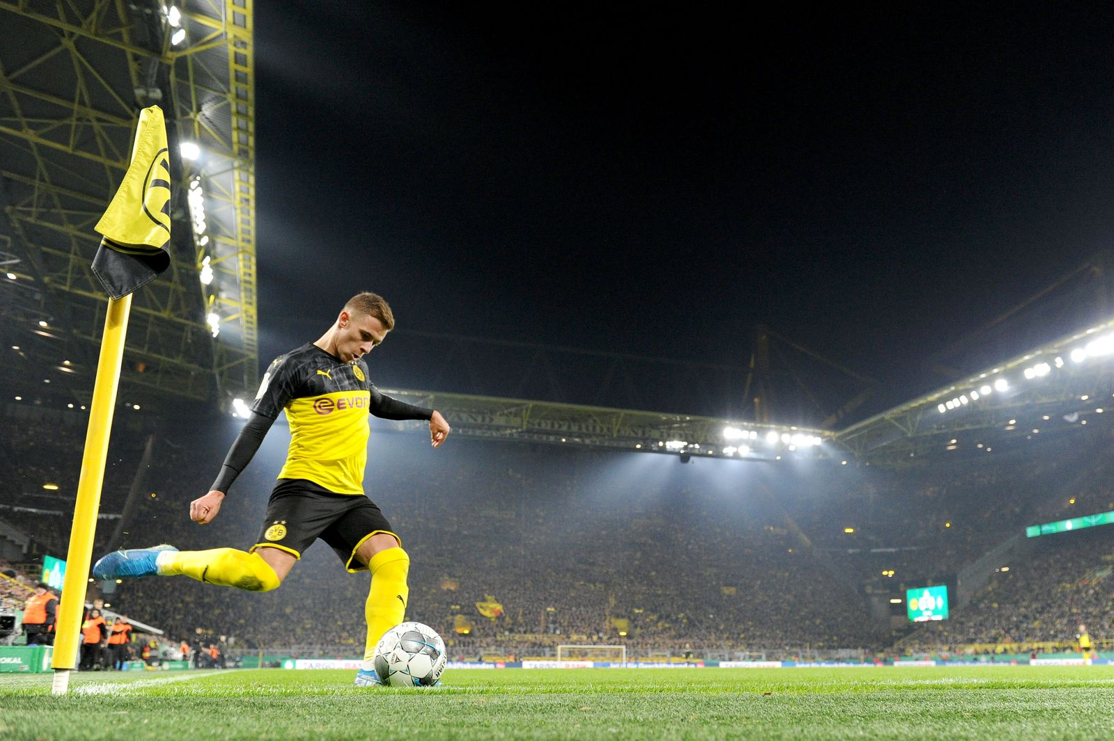 Fußball: DFB Pokal, Saison 2019/2020, Borussia Dortmund - Borussia Mönchengladbach am 30.10.2019 im Signal Iduna Park i