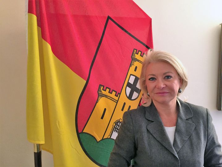 Bezirksbürgermeisterin Simone Stein-Lücke