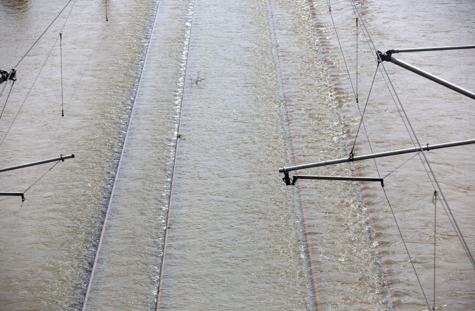 Hochwasser in Sachsen-Anhalt gleise