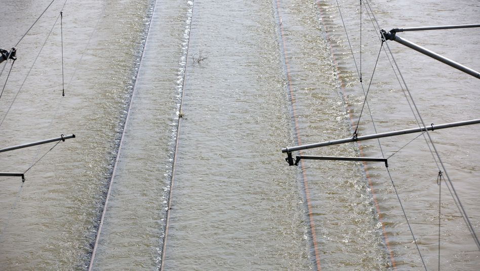Bahntrasse bei Schönhausen am 11. Juni: Lage entspannt sich