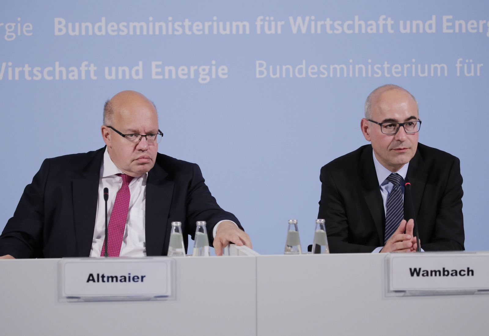 Peter Altmaier Bundesminister f¸r Wirtschaft und Energie Prof Achim Wambach PhD Pr?sident des Ze