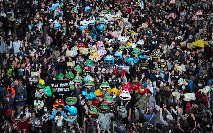 Prodemokratische Demonstranten am Sonntag in Hongkong
