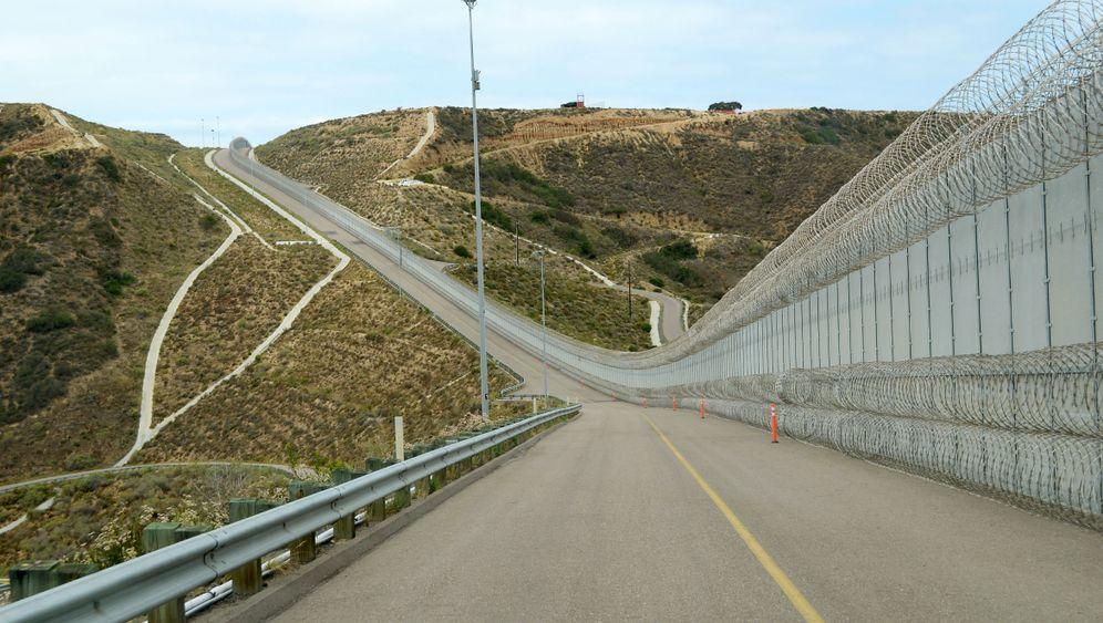 Trump-Plan für Solarmauer: Ökostrom durch Abschottung