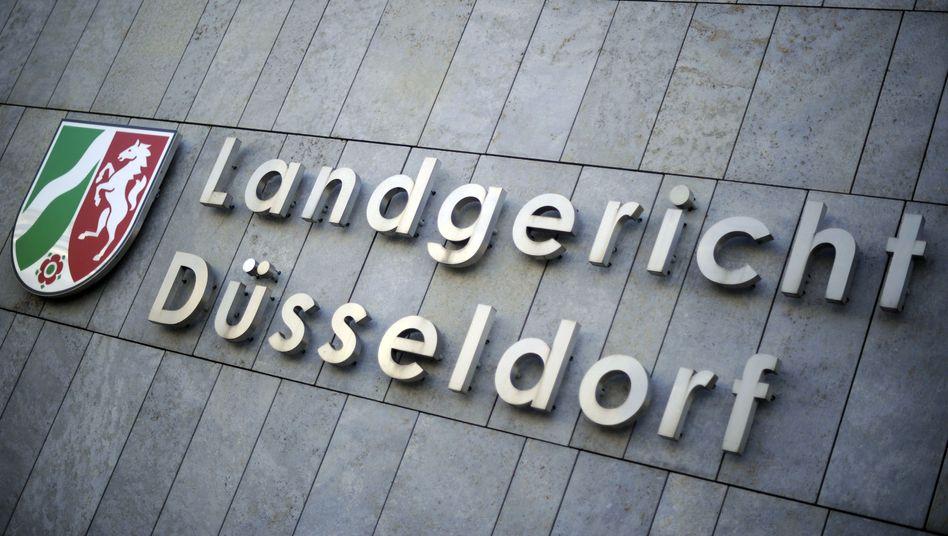 Der Arzt muss sich vor dem Düsseldorfer Landgericht verantworten
