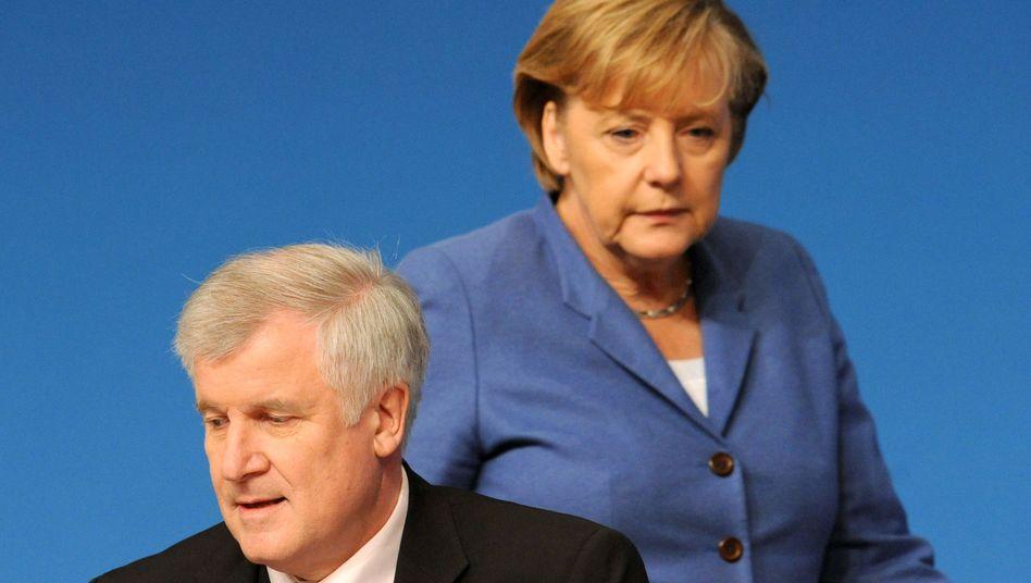 Unions-Chefs Merkel und Seehofer: Sorge vor den Landtagswahlen