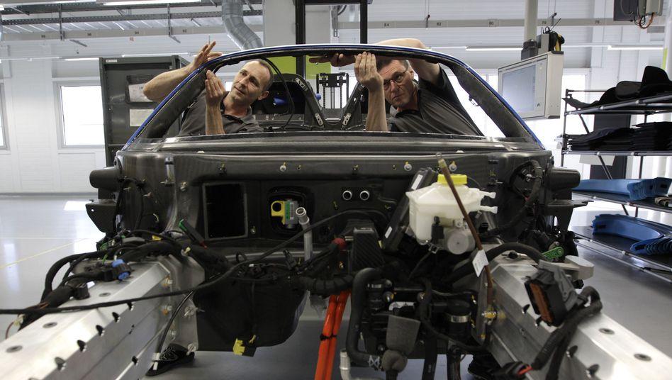 Montage bei Porsche in Zuffenhausen: Große Mehrheit hält ihren Job für sicher
