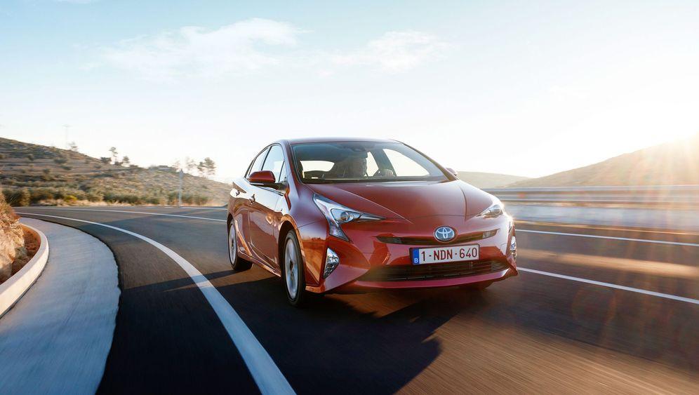 Autogramm Toyota Prius: Schon schräg