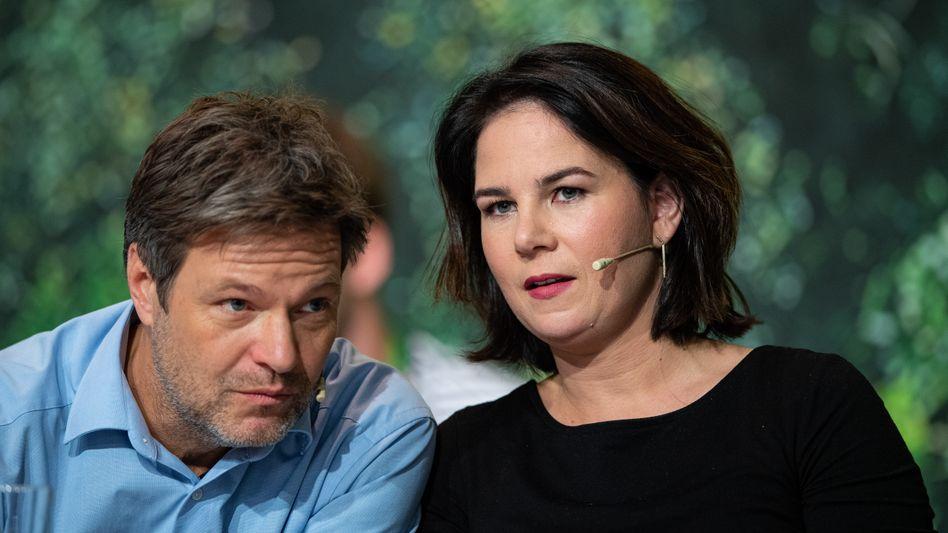 Robert Habeck und Annalena Baerbock beim Grünenparteitag