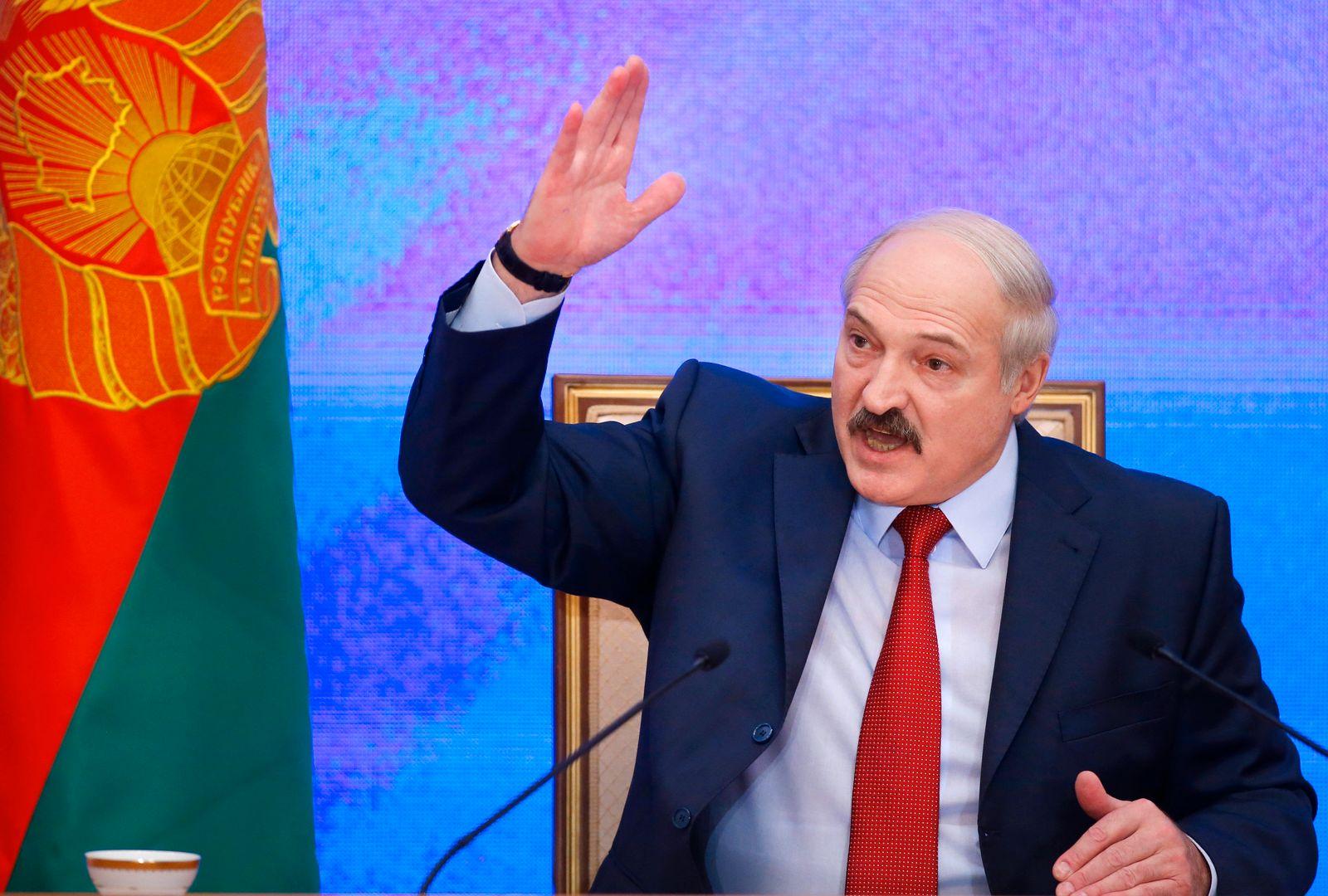 Lukaschenko lässt Flugzeug landen und Journalisten verhaften