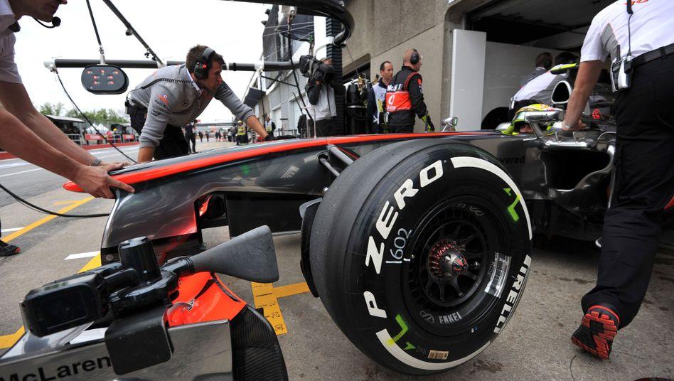 Mercedes-Bolide mit Pirelli-Reifen: Mildes Urteil in Testfahrt-Affäre