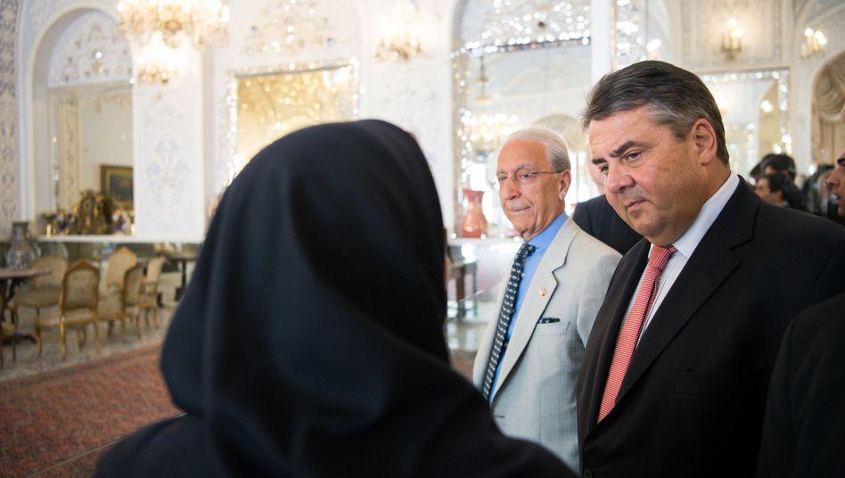 Sigmar Gabriel im Golestan-Palast in Teheran