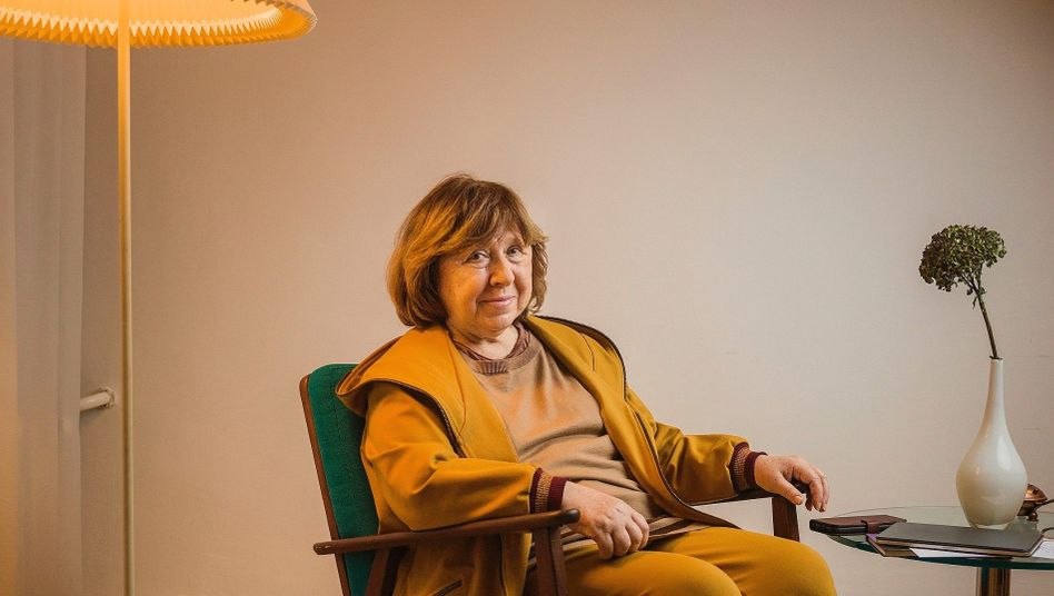 Schriftstellerin Alexijewitsch in Berlin:»Die letzte Sowjetrepublik Europas, wer möchte das schon sein?«