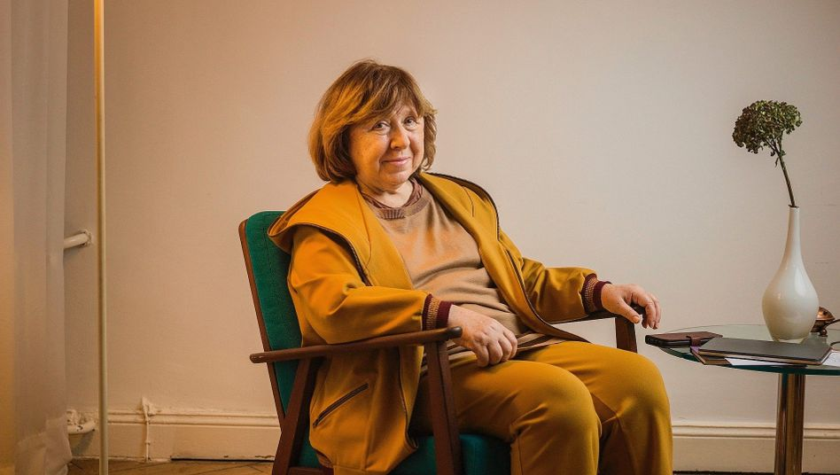 """Author Svetlana Alexievich in Berlin: """"Who wants to be the last Soviet republic in Europe?"""""""