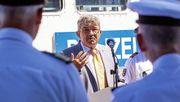 Caffier will alle Polizeibewerber vom Verfassungsschutz überprüfen lassen