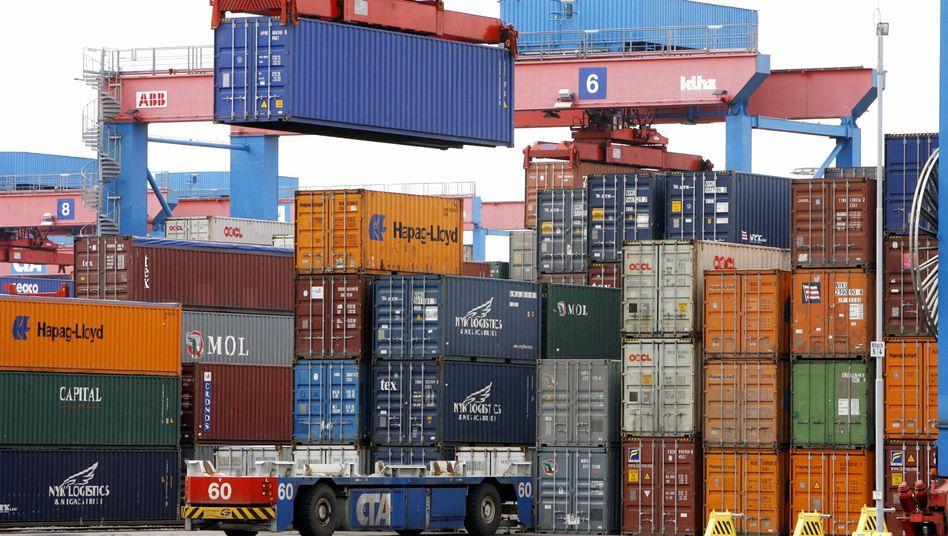 Hamburger Hafen: Auftragschub in Deutschland