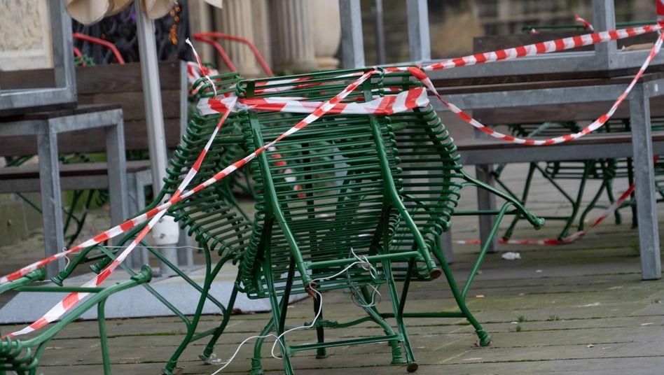 Geschlossene Läden in der Bremer Innenstadt