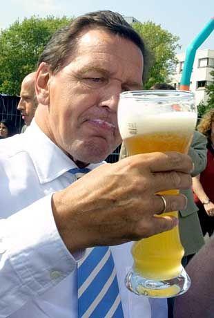 """Gerhard Schröder: """"Keine amerikanischen Verhältnisse!"""""""