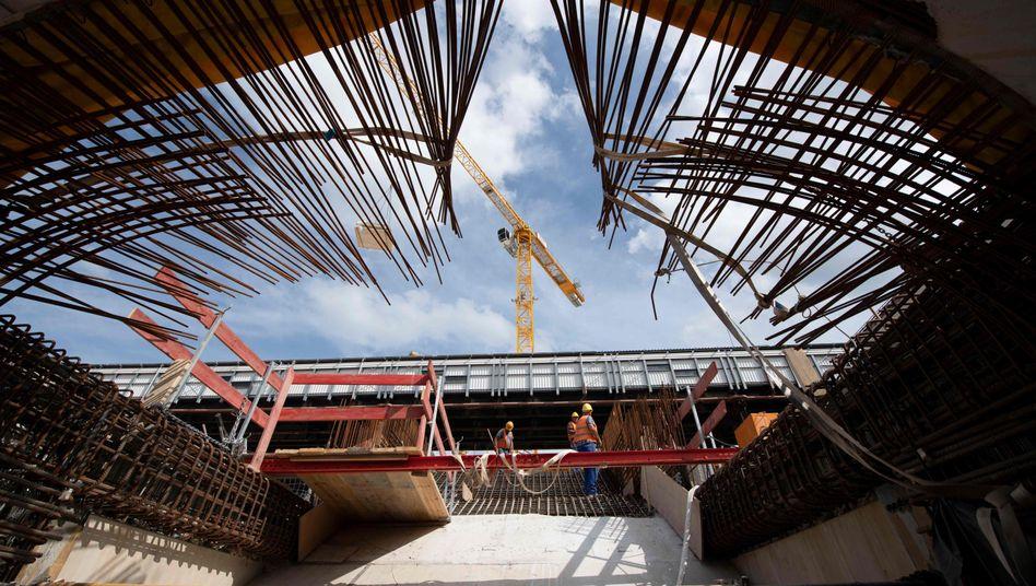 Baustelle Stuttgart 21 im August
