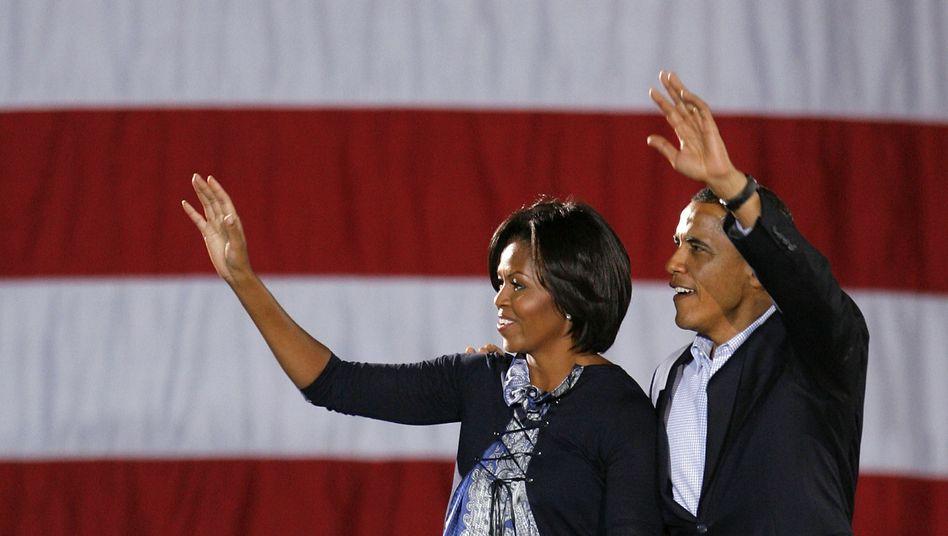Wahlkämpfer Obama mit Gattin Michelle: Attacke der Schattenregierung