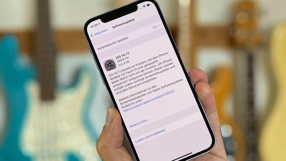 iPhone-Update: Die entsprechende Einstellung sollte man immer auf »Automatische Updates« belassen