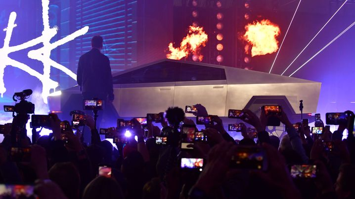 Cybertruck: Tesla zeigt neuen Elektro-Pick-up