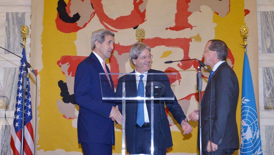 US-Außenminister Kerry, Italiens Außenminister Gentiloni und Uno-Libyen-Gesandter Kobler: Libyen braucht eine Regierung