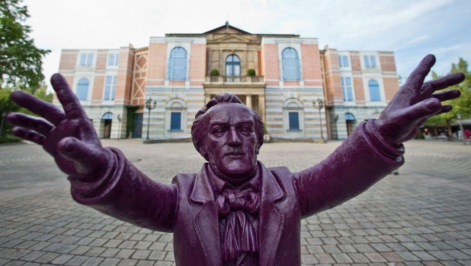 Festspielhaus in Bayreuth: Gregor Gysi neuer Anwalt der Wagner-Familie