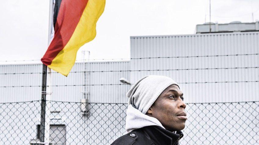 Geduldeter Kocou H.: Hab und Gut in einer Reisetasche
