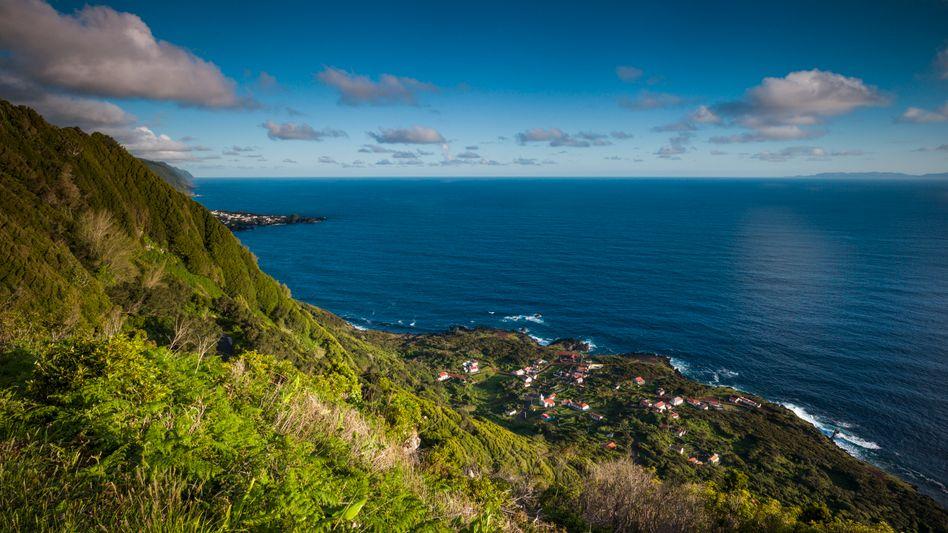 Blick von den Azoren auf den Atlantik