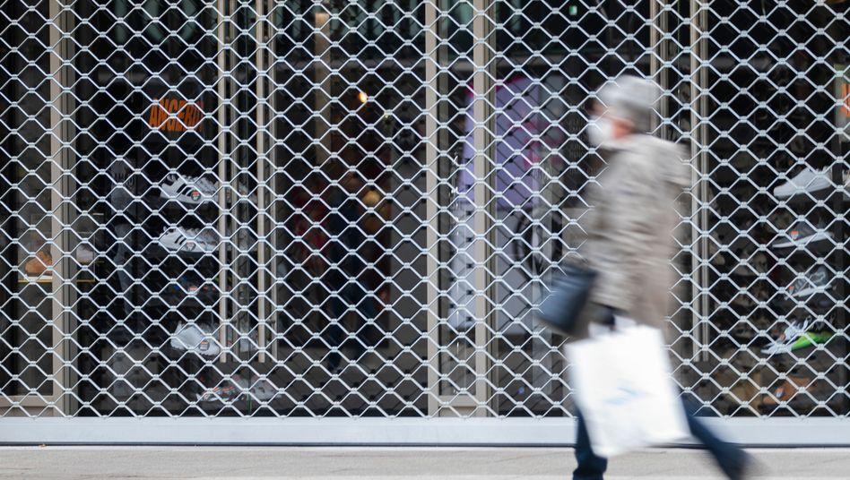 Fußgängerzone in Stuttgart: Am Nachmittag beraten Bund und Länder