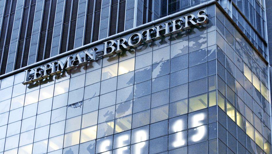 Zentrale von Lehman Brothers in New York: Die Pistole auf die Brust gesetzt?