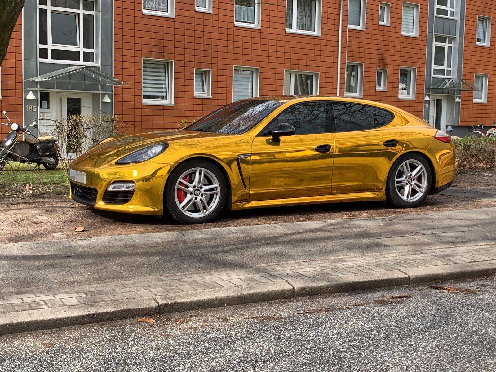 EINMALIGE VERWENDUNG Porsche Panamera goldene Folie