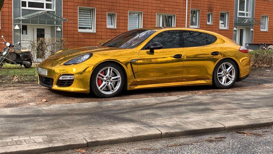 In Hamburg still gelegter Porsche Panamera