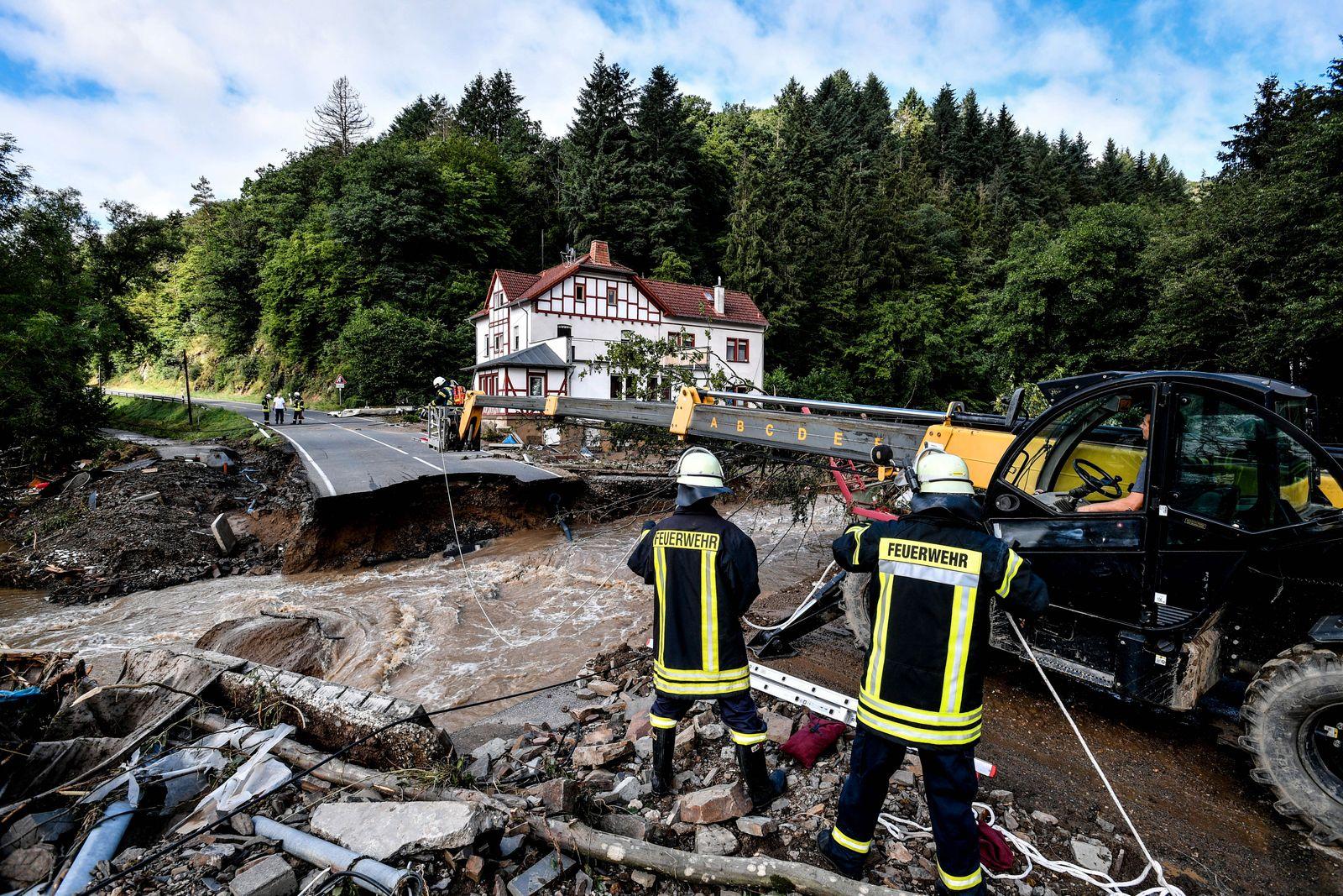 Thunderstorms with heavy rain hit Germany