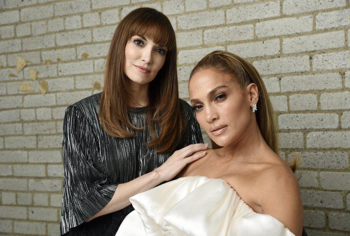 """Lorene Scafaria (l.), Autorin und Regisseurin des Thrillers """"Hustlers"""" mit Jennifer Lopez"""