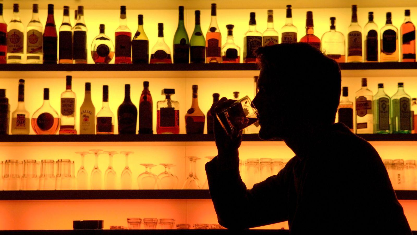 NUR FÜR SPAM Studie: Schon wenig Alkohol kann Krebsrisiko steigern
