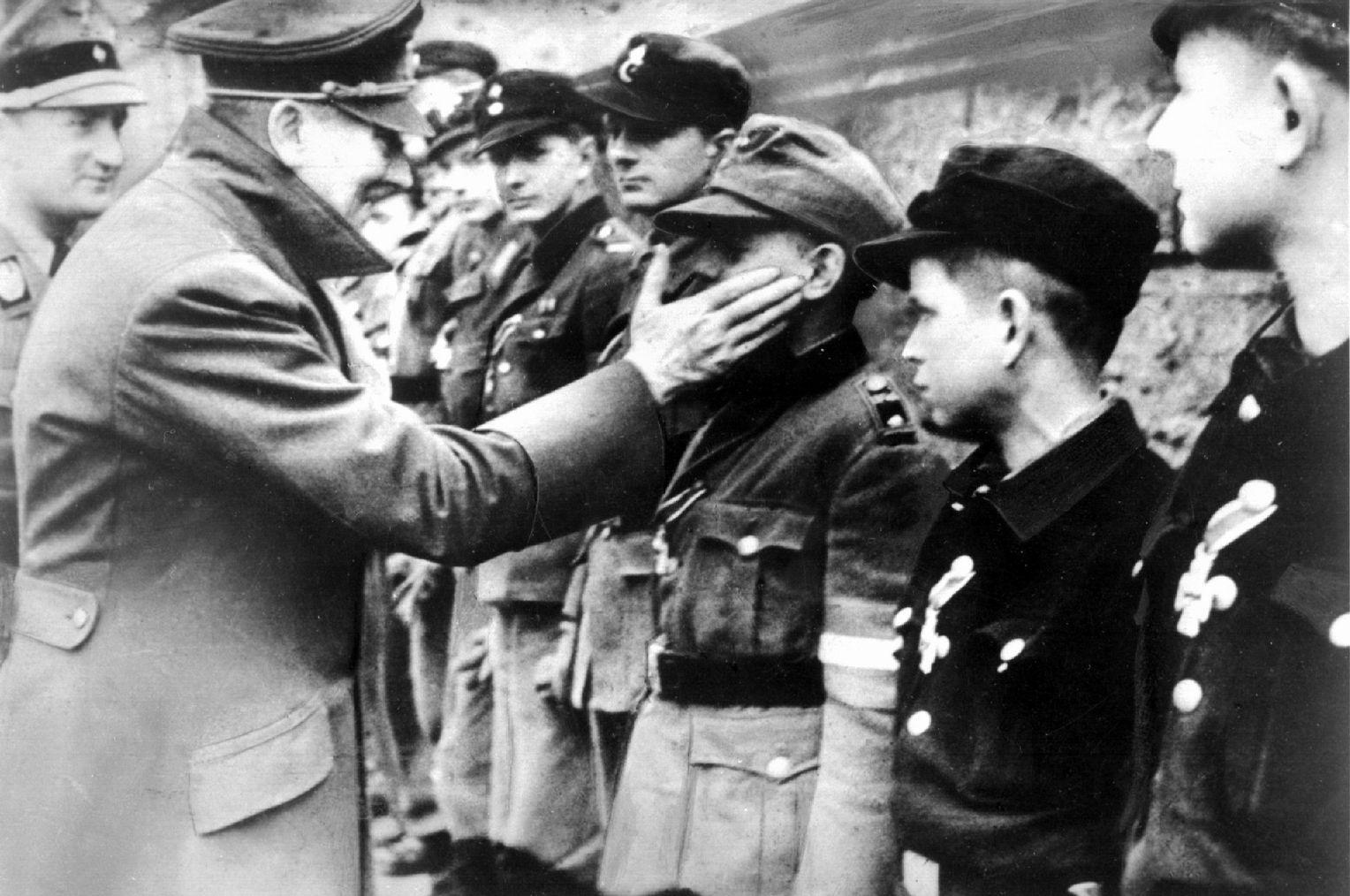 Hitler selbstmorde